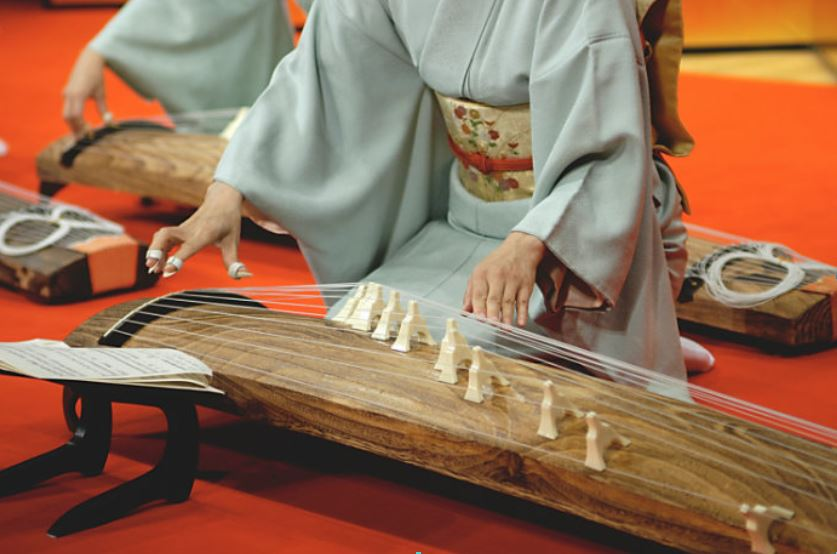"Japanese traditional instrument ""koto"""