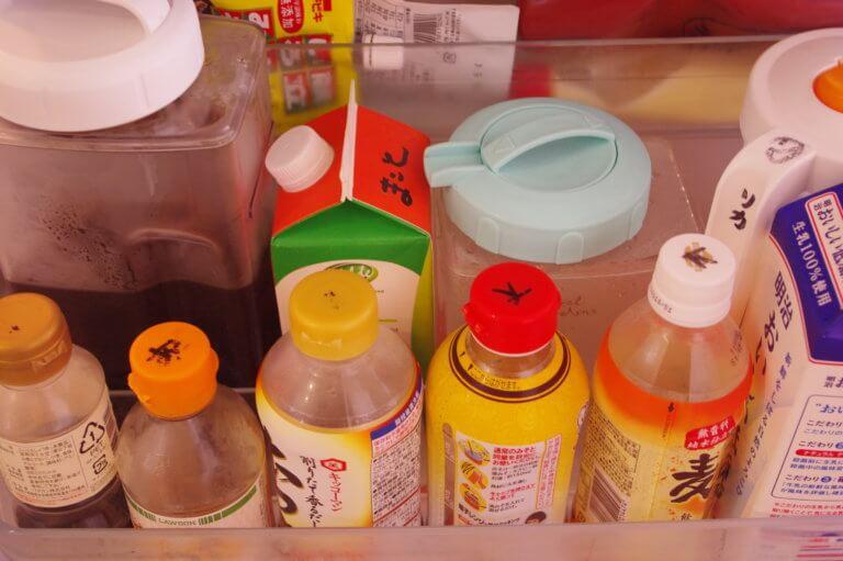 冷蔵庫の中のものは自分のイニシャルを書く
