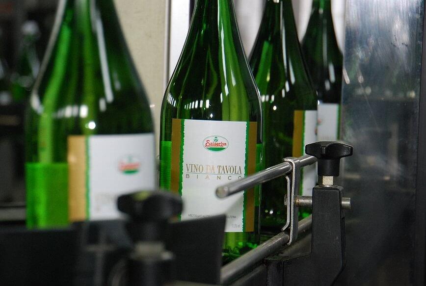 Saizeriya brand wine