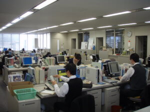 A-typical-Japanese-office-layout