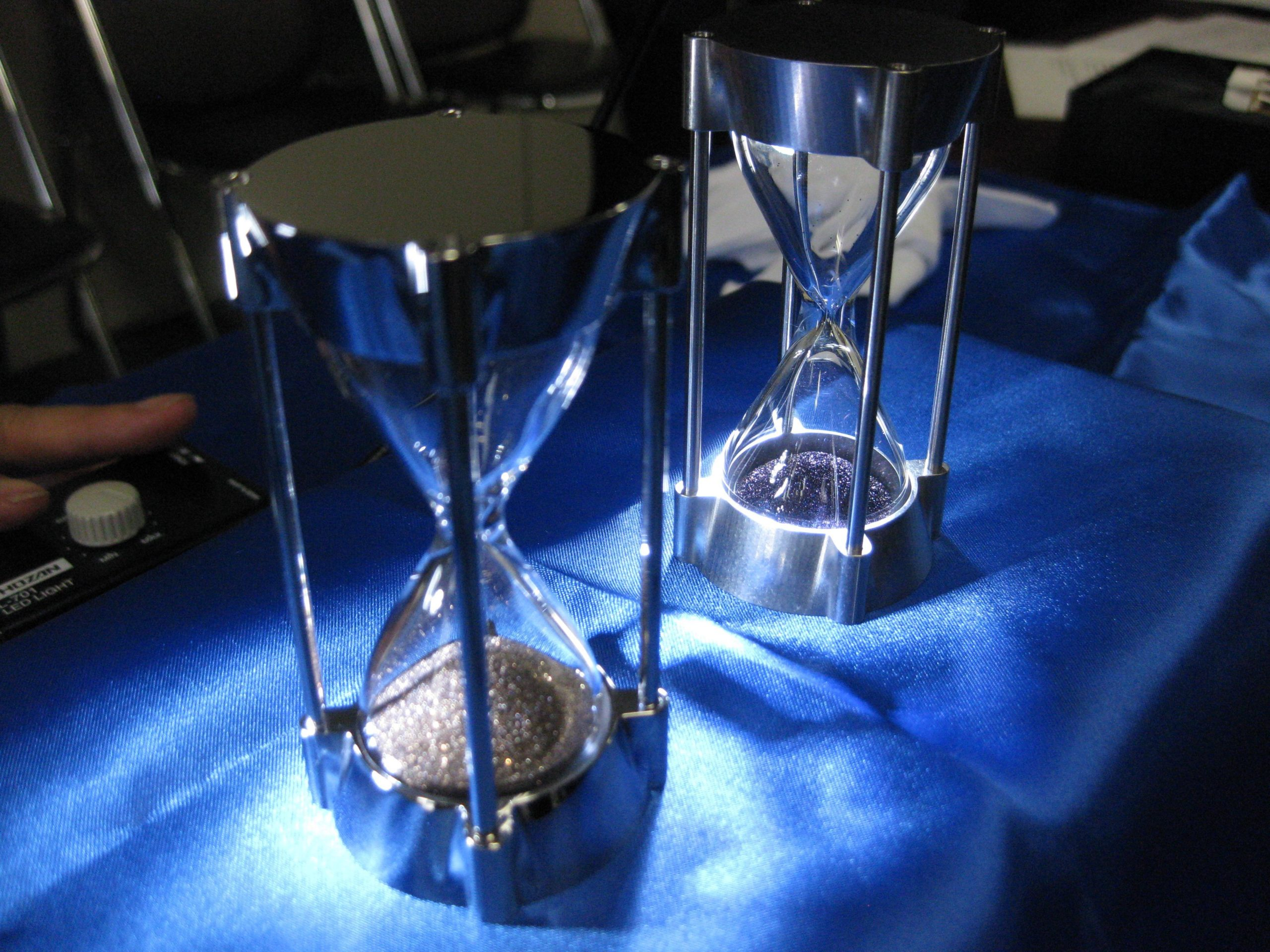 Japanese High-tech Hourglass Helps in Disaster Recovery